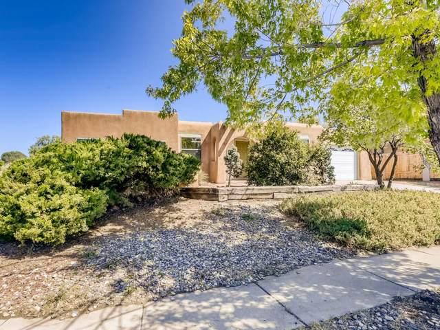 2085 Calle Contento, Santa Fe, NM 87505 (MLS #202003828) :: Berkshire Hathaway HomeServices Santa Fe Real Estate