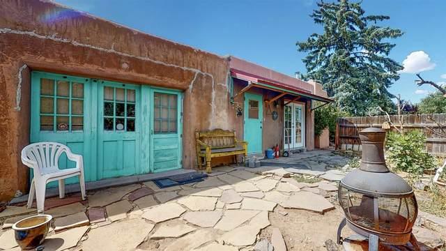 315 Tesuque, Santa Fe, NM 87505 (MLS #202003830) :: Berkshire Hathaway HomeServices Santa Fe Real Estate