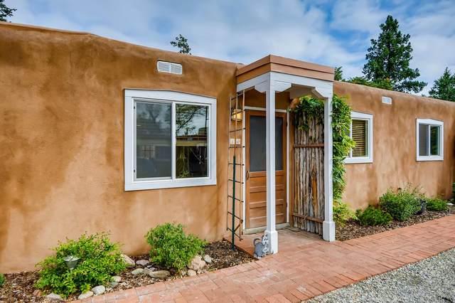 529 E Alameda Street, 10, Santa Fe, NM 87501 (MLS #202003831) :: Berkshire Hathaway HomeServices Santa Fe Real Estate