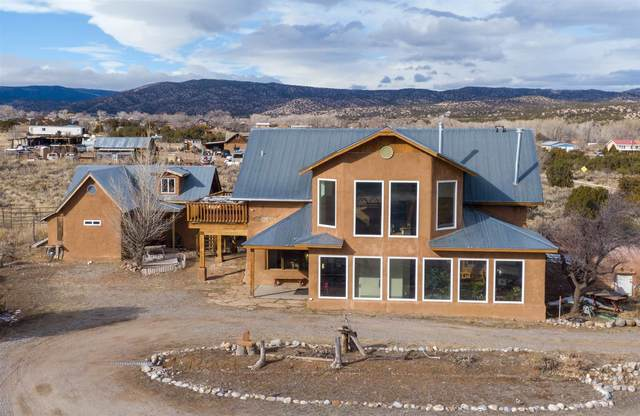 296 State Rd 215, El Rito, NM 87530 (MLS #202003833) :: Berkshire Hathaway HomeServices Santa Fe Real Estate
