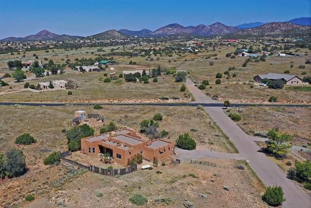 5 Chaparral Drive, Santa Fe, NM 87508 (MLS #202003836) :: The Very Best of Santa Fe