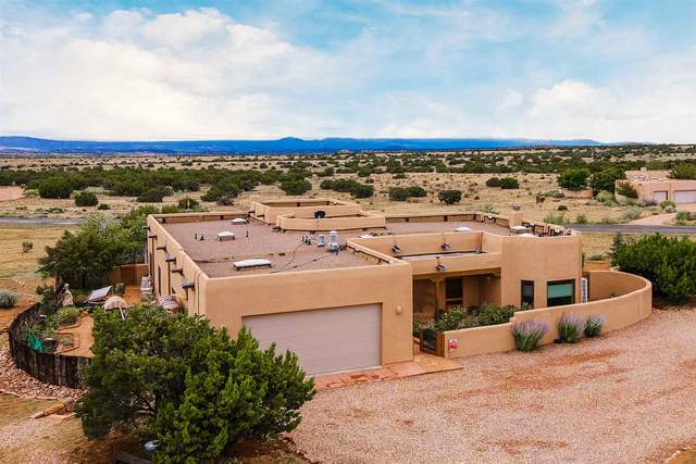 53 Cerro Blanco, Santa Fe, NM 87540 (MLS #202003847) :: The Very Best of Santa Fe
