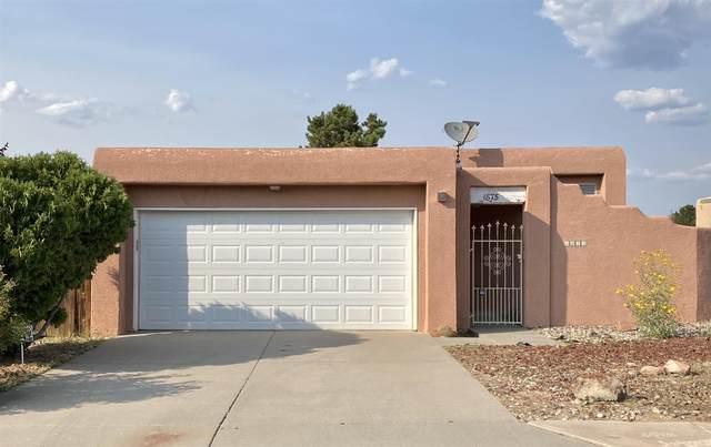 1875 Camino Lumbre, Santa Fe, NM 87505 (MLS #202003916) :: Berkshire Hathaway HomeServices Santa Fe Real Estate