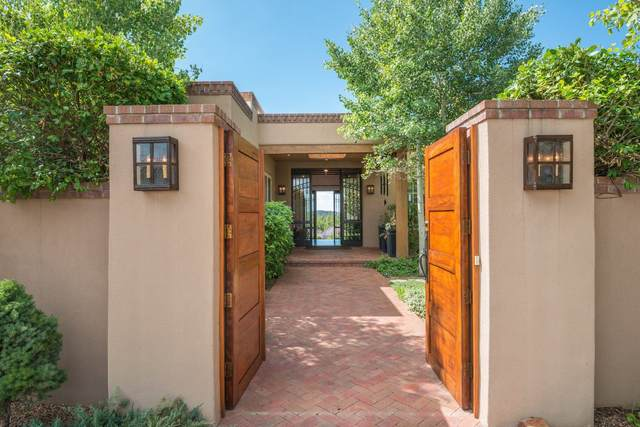 48 Tierra Sabrosa, Santa Fe, NM 87540 (MLS #202003919) :: The Very Best of Santa Fe