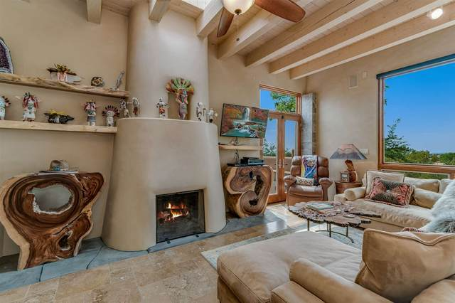 861 Los Lovatos, Santa Fe, NM 87501 (MLS #202004044) :: Stephanie Hamilton Real Estate