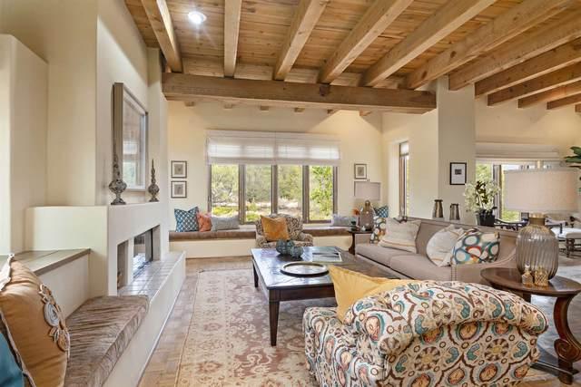 878 Camino Del Este, Santa Fe, NM 87501 (MLS #202004064) :: Stephanie Hamilton Real Estate
