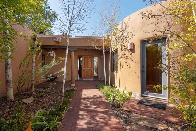 4 Caliente Road, Santa Fe, NM 87508 (MLS #202004073) :: Summit Group Real Estate Professionals