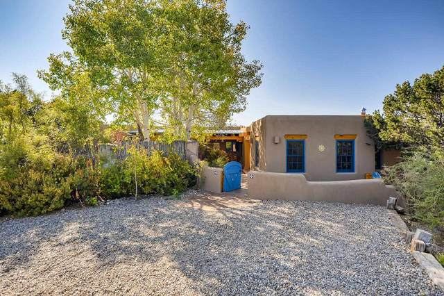 231 B Tano Rd, Santa Fe, NM 87506 (MLS #202004083) :: Summit Group Real Estate Professionals