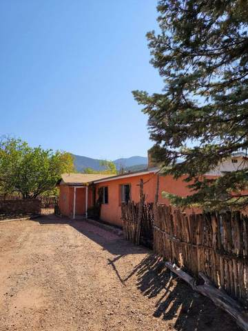 107 S Armijo Ln, Santa Fe, NM 87501 (MLS #202004089) :: Summit Group Real Estate Professionals