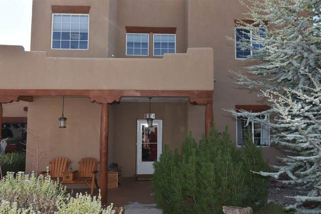 6774 Camino Rojo, Santa Fe, NM 87507 (MLS #202004092) :: Summit Group Real Estate Professionals