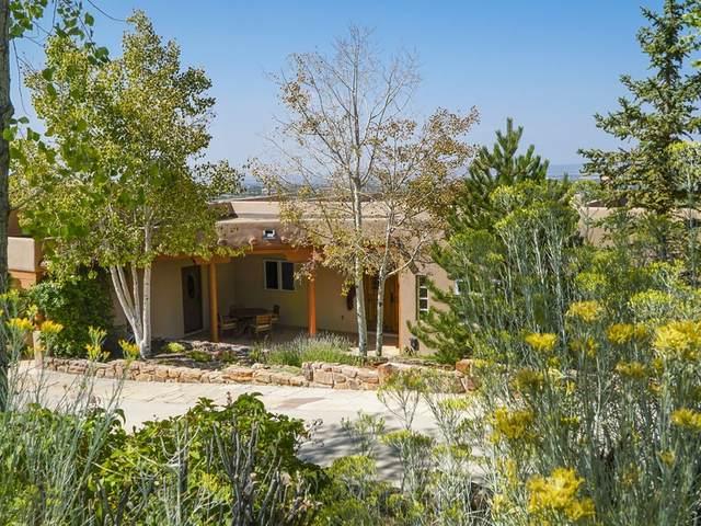 10 Camino Monte Feliz, Santa Fe, NM 87505 (MLS #202004130) :: Summit Group Real Estate Professionals