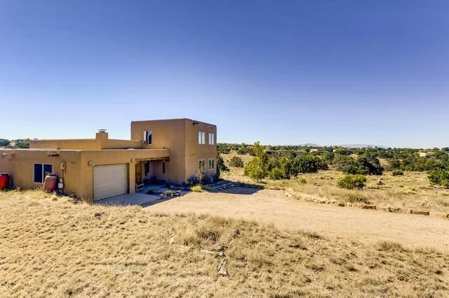 11 Balsa Court, Santa Fe, NM 87508 (MLS #202004154) :: Summit Group Real Estate Professionals