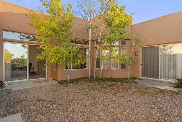 7 Mesa Pino, Santa Fe, NM 87508 (MLS #202004205) :: Summit Group Real Estate Professionals