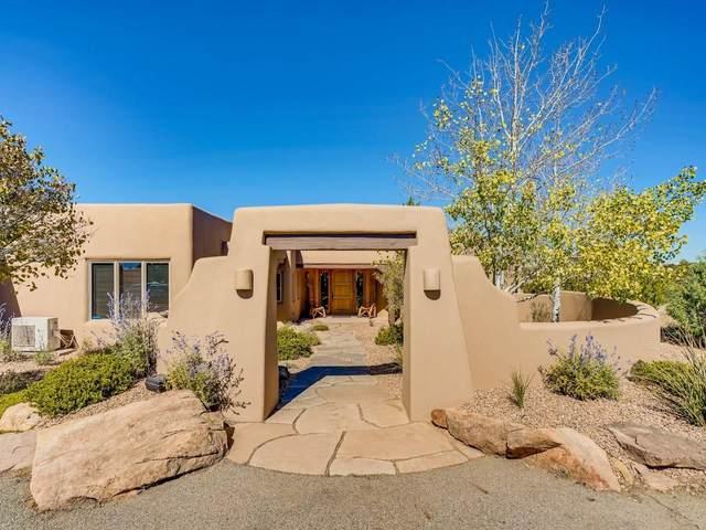 13 Cloud March East, Santa Fe, NM 87506 (MLS #202004229) :: Summit Group Real Estate Professionals