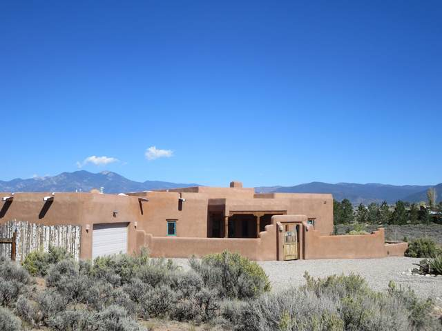40 Vista Linda Road, Taos, NM 87571 (MLS #202004273) :: Summit Group Real Estate Professionals
