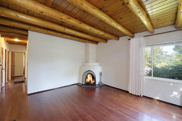 1803 Hano Rd, Santa Fe, NM 87505 (MLS #202004297) :: Berkshire Hathaway HomeServices Santa Fe Real Estate