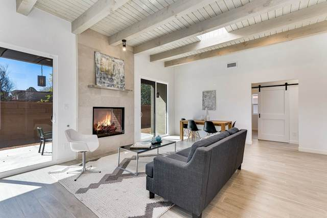 426 Calle Bonita, Santa Fe, NM 87505 (MLS #202004390) :: Summit Group Real Estate Professionals