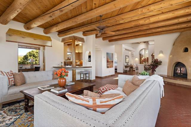 21 Puerto Road, Santa Fe, NM 87508 (MLS #202004438) :: Summit Group Real Estate Professionals