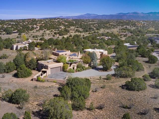 14 Astor Circle, Santa Fe, NM 87506 (MLS #202004467) :: Stephanie Hamilton Real Estate