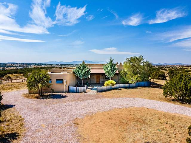 173 Camino Acote, Santa Fe, NM 87508 (MLS #202004507) :: Berkshire Hathaway HomeServices Santa Fe Real Estate