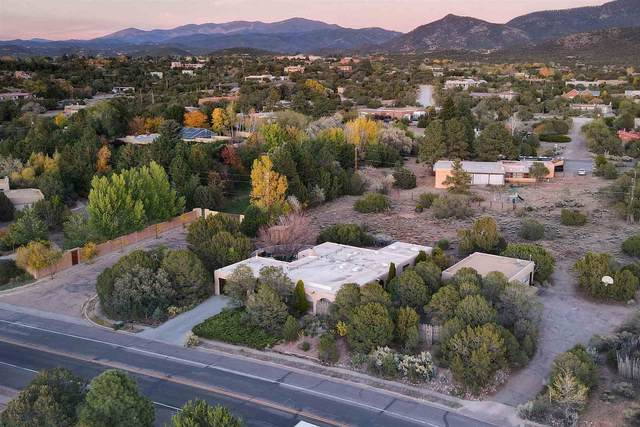1901 Calle De Sebastian, Santa Fe, NM 87505 (MLS #202004543) :: Stephanie Hamilton Real Estate