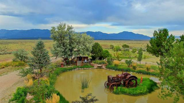23833 Highway 64 W., Taos, NM 87571 (MLS #202004556) :: Summit Group Real Estate Professionals
