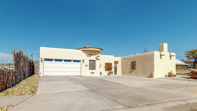 417 Camino Miramontes, Espanola, NM 87532 (MLS #202004563) :: The Very Best of Santa Fe