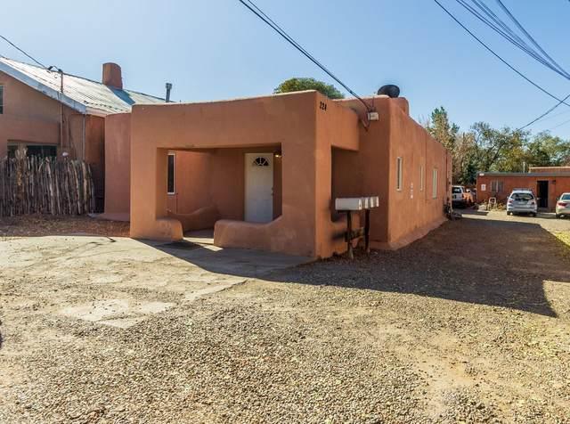 224 N Guadalupe St, Santa Fe, NM 87501 (MLS #202004731) :: Berkshire Hathaway HomeServices Santa Fe Real Estate