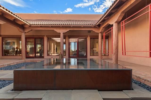 6 Rainbow Circle, Santa Fe, NM 87506 (MLS #202004781) :: Berkshire Hathaway HomeServices Santa Fe Real Estate