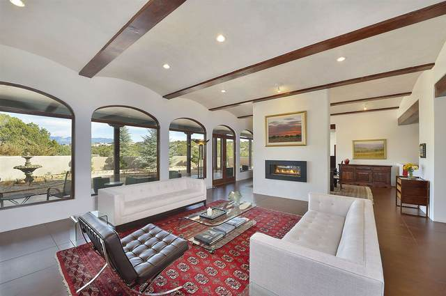 108 Sunflower Dr, Santa Fe, NM 87506 (MLS #202004874) :: Berkshire Hathaway HomeServices Santa Fe Real Estate
