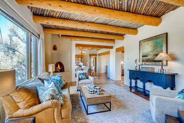 1387 Camino Corto, Santa Fe, NM 87501 (MLS #202004934) :: Berkshire Hathaway HomeServices Santa Fe Real Estate