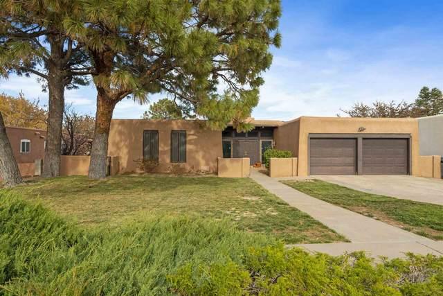715 Branding Iron St Se, Albuquerque, NM 87123 (MLS #202004983) :: Summit Group Real Estate Professionals