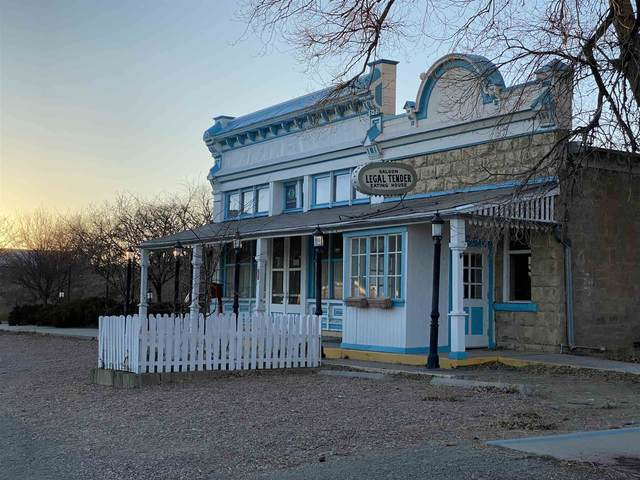 31 Lamy Station Trail, Lamy, NM 87540 (MLS #202004992) :: Summit Group Real Estate Professionals