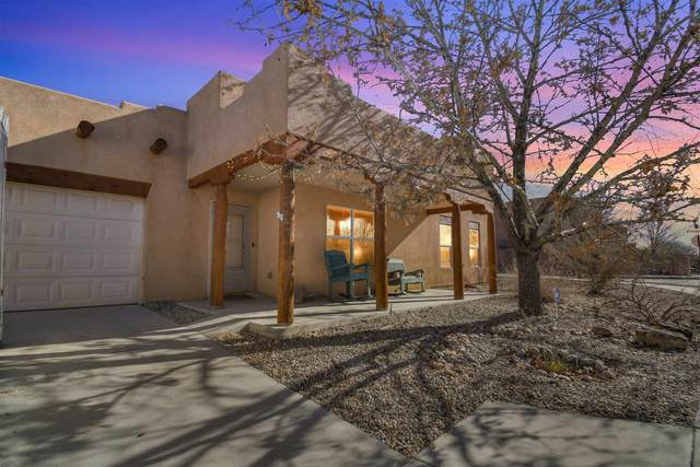 7254 Via Verde, Santa Fe, NM 87505 (MLS #202005147) :: Berkshire Hathaway HomeServices Santa Fe Real Estate