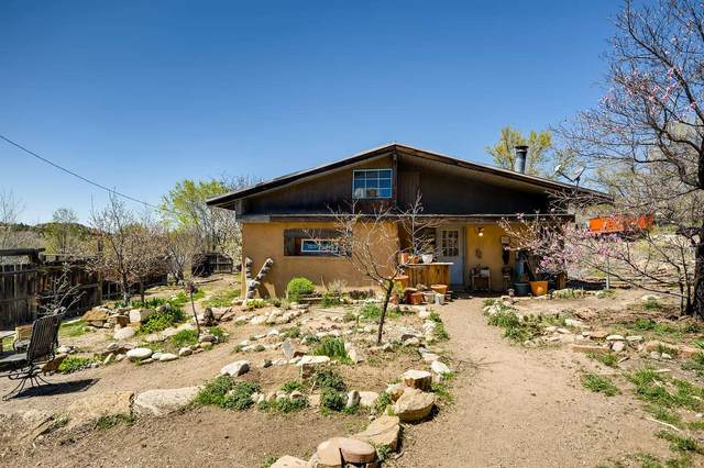 1 Calle Sesenta Cinco, Santa Fe, NM 87506 (MLS #202005173) :: Neil Lyon Group | Sotheby's International Realty