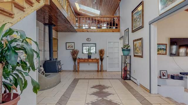 131A Camino De Los Ranchos, Chimayo, NM 87522 (MLS #202100053) :: Stephanie Hamilton Real Estate