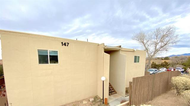 147 Calle Ojo Feliz K, Santa Fe, NM 87505 (MLS #202100100) :: Neil Lyon Group | Sotheby's International Realty