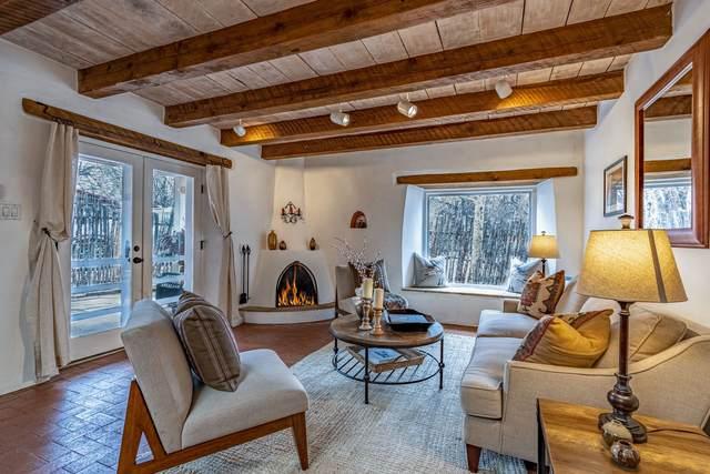 2 White Boulder Lane, Tesuque, NM 87506 (MLS #202100203) :: The Very Best of Santa Fe