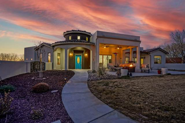 452 Avendia C De Baca, Bernalillo, NM 87004 (MLS #202100235) :: The Very Best of Santa Fe
