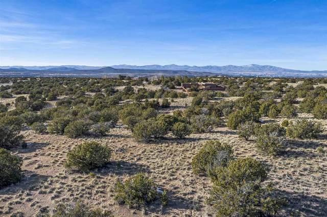 24 Chisholm Trail, Santa Fe, NM 87506 (MLS #202100240) :: Summit Group Real Estate Professionals