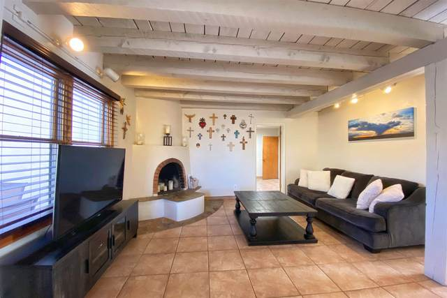 1043 Don Diego W, Santa Fe, NM 87505 (MLS #202100404) :: Berkshire Hathaway HomeServices Santa Fe Real Estate