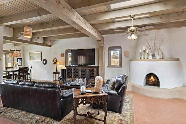 9129 Guadalupe Trail Nw, Albuquerque, NM 87114 (MLS #202100458) :: Stephanie Hamilton Real Estate