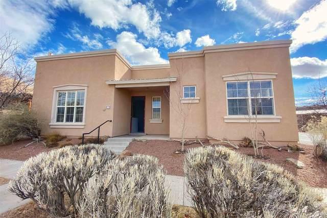 1 Sierra Grande, Santa Fe, NM 87508 (MLS #202100468) :: Stephanie Hamilton Real Estate