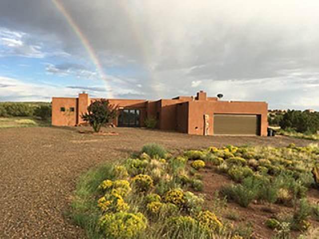 4 Camino San Lucas, Lamy, NM 87540 (MLS #202100479) :: The Very Best of Santa Fe
