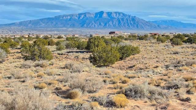 5616 Kennard Rd Ne, Rio Rancho, NM 87144 (MLS #202100514) :: Neil Lyon Group | Sotheby's International Realty