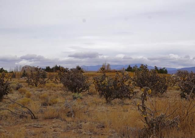 8 W Serena Lane, Santa Fe, NM 87508 (MLS #202100536) :: The Very Best of Santa Fe