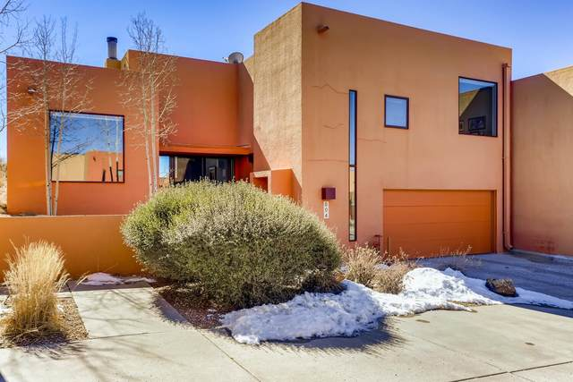604 Avenida Colima, Santa Fe, NM 87506 (MLS #202100649) :: Summit Group Real Estate Professionals