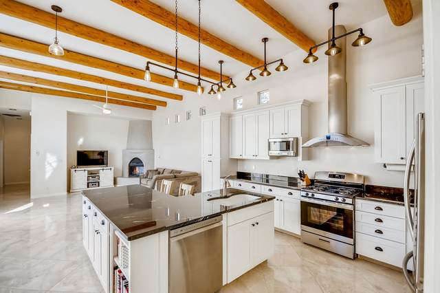 11 Grasslands Tr., Santa Fe, NM 87508 (MLS #202100737) :: Berkshire Hathaway HomeServices Santa Fe Real Estate