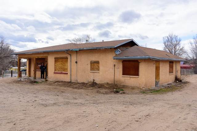 23 County Road 144, Alcalde, NM 87511 (MLS #202100932) :: Summit Group Real Estate Professionals
