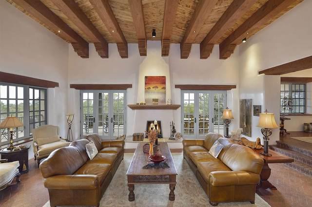 1138 Piedra Rondo, Santa Fe, NM 87501 (MLS #202100940) :: Neil Lyon Group | Sotheby's International Realty